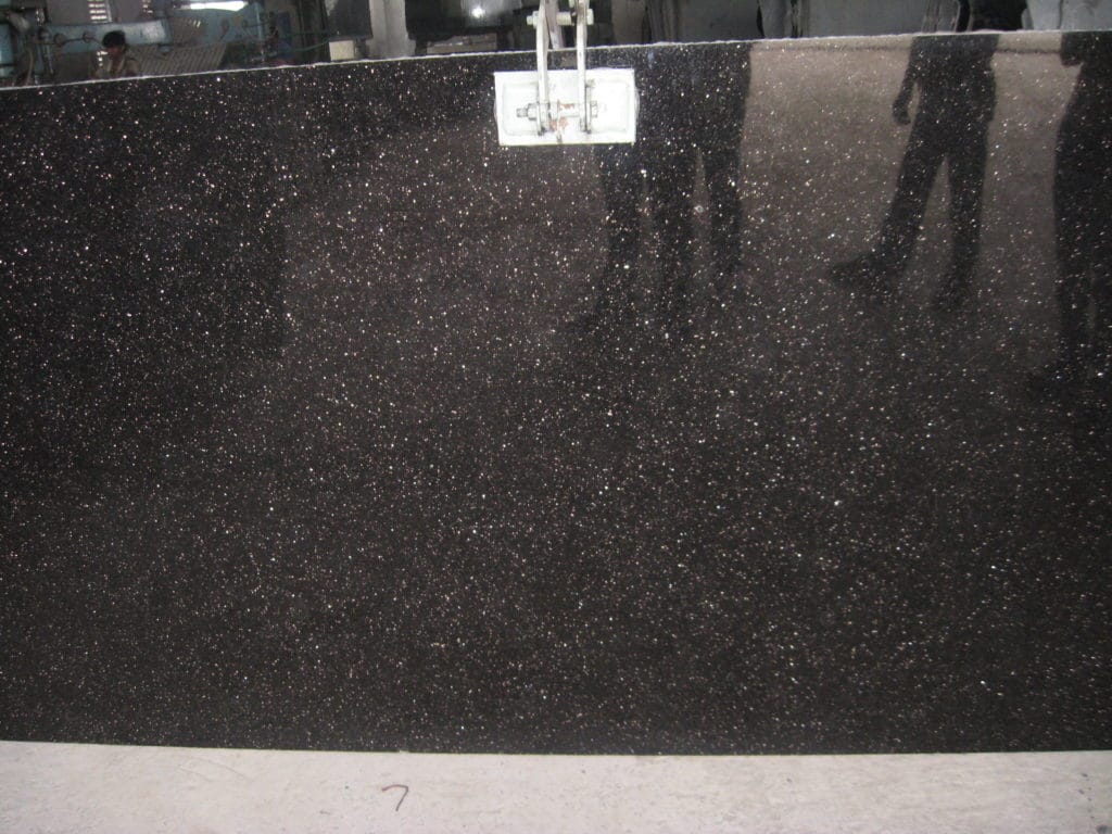 granit black galaxy marbre import - Photo Du Marbre Galaxie