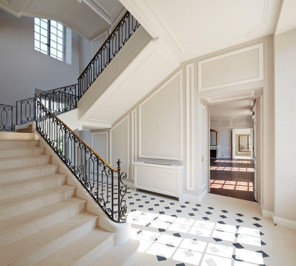 escalier pour villa escalier with escalier pour villa gallery of cave with escalier pour villa. Black Bedroom Furniture Sets. Home Design Ideas