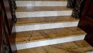bidasar_gold_Stairs3