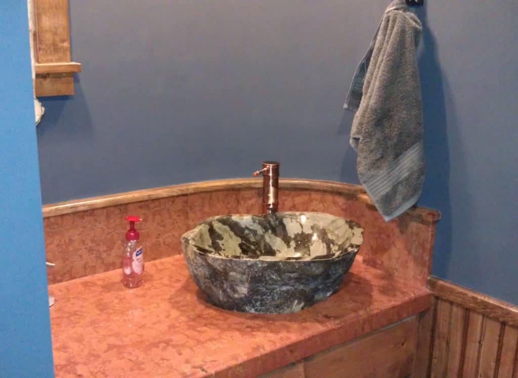 Troys-bathroom_IMAG1486