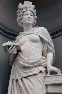 Statue Femme Argentine
