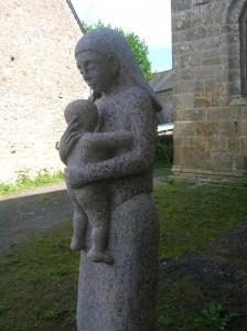Statue Femme granit