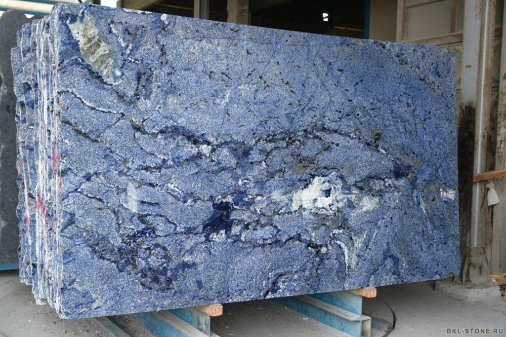 azul-bahia-slabs