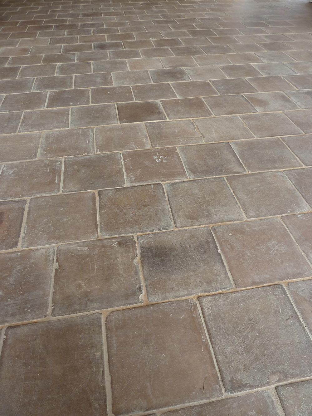 Tomette carrée Brun 16