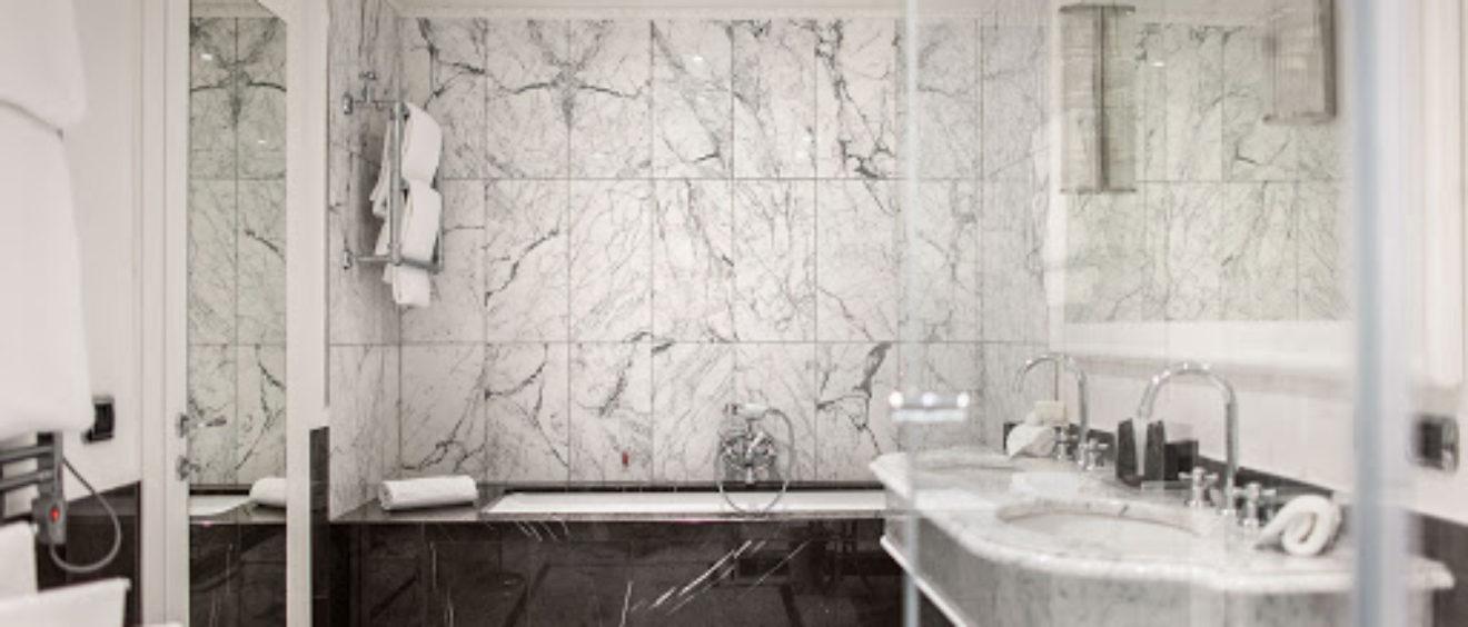 Marbre Import - Salles de bains en marbre, toutes les possibilités. Conseils et inspirations pour une salle de bains en marbre