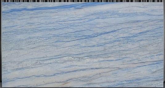 azul-macaubas-brazil